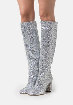 CAPRI RISE BOOT  - Vysoká obuv - silver