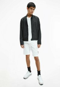 Calvin Klein Jeans - Bomber Jacket - ck black - 1