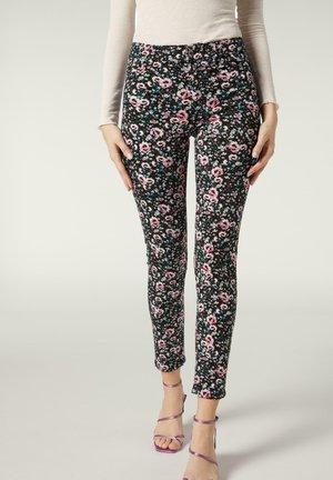 Slim fit jeans -  pink floral print