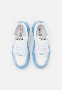 Versace Jeans Couture - Sneaker low - white/light blue - 3
