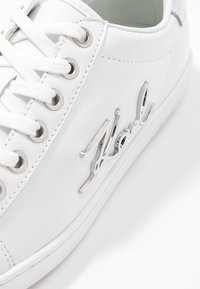 KARL LAGERFELD - KUPSOLE SIGNIA LACE - Sneakers - white/silver - 2
