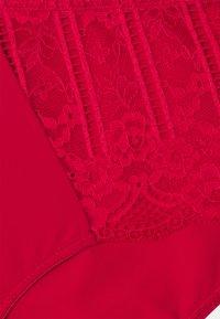 DORINA CURVES - Slip - red - 2