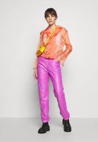 HOSBJERG - JASMINE - Button-down blouse - orange - 1