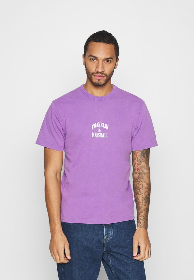 T-shirt con stampa - violet
