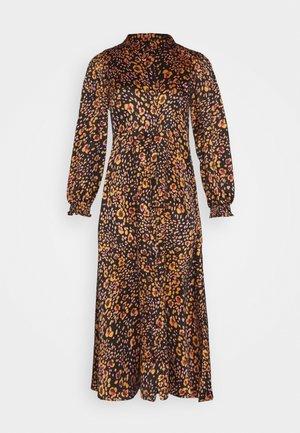 VMSANDRA LILLIAN SHIRT DRESS  - Robe chemise - black