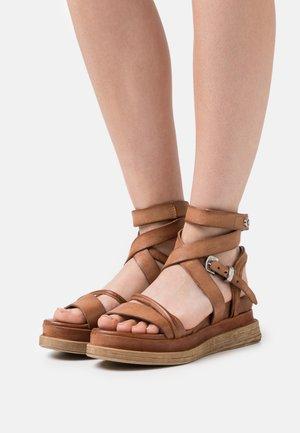 Wedge sandals - calvados