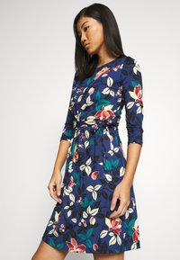 King Louie - HAILEY DRESS KYOTO - Jersey dress - tokyo blue - 3