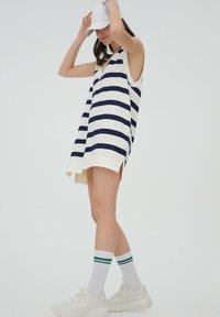 PULL&BEAR - DRESS - Day dress - white - 3