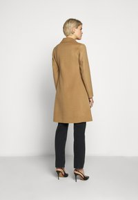 WEEKEND MaxMara - UGGIOSO - Classic coat - kamel - 2