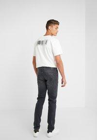 DRYKORN - JAZ - Jeans slim fit - black - 2