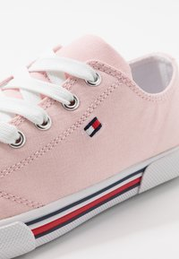 Tommy Hilfiger - Sneakers laag - pink - 2