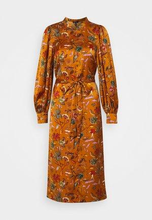 PRINTED MIDI LENGTH DRESS WITH WAIST TIE - Robe d'été - orange