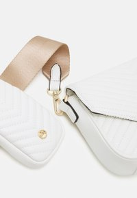 ALDO - UNILA SET - Across body bag - white - 3