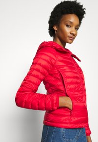 Benetton - JACKET - Down jacket - red - 4