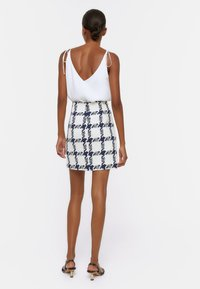 Uterqüe - Mini skirt - dark blue - 2