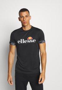 Ellesse - ALENTE - Camiseta estampada - black - 0