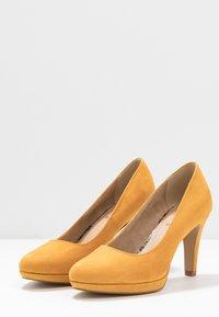 s.Oliver - Hoge hakken - saffron - 4