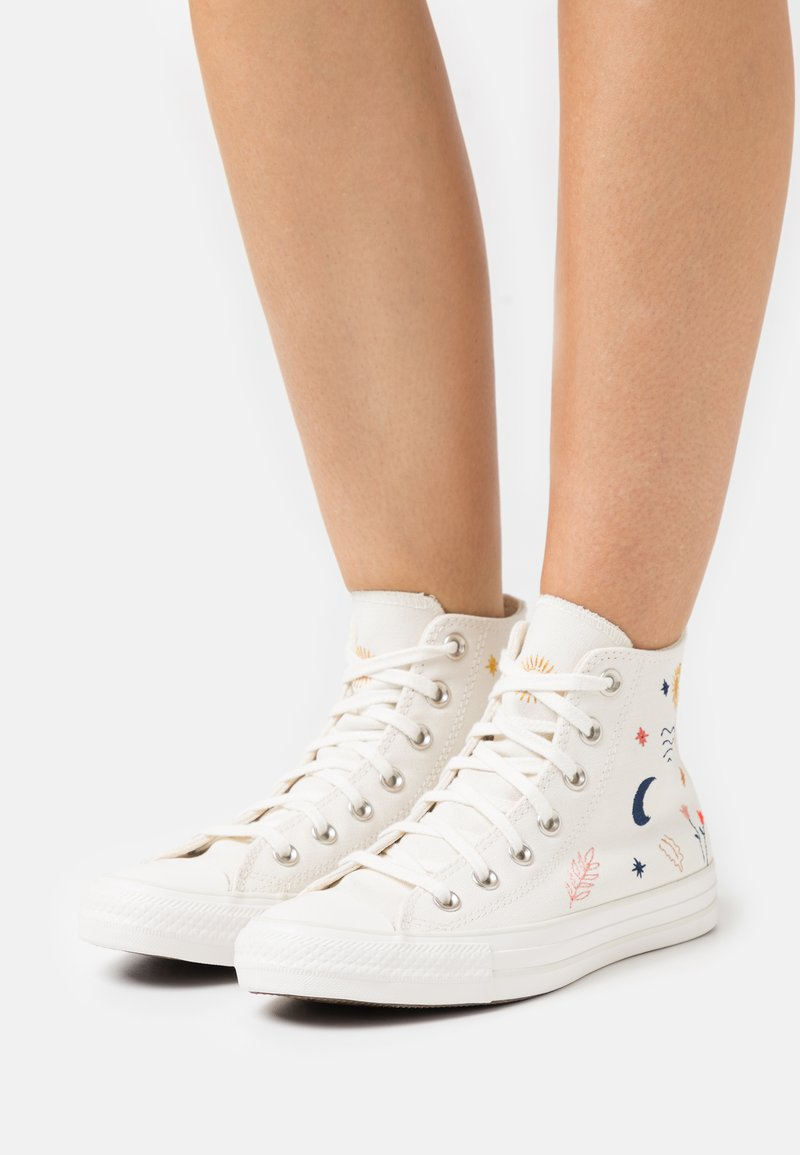 Converse - CHUCK TAYLOR ALL STAR - Sneakers hoog - egret/vintage white/black