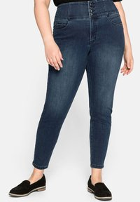 Sheego - Slim fit jeans - dark blue denim - 0