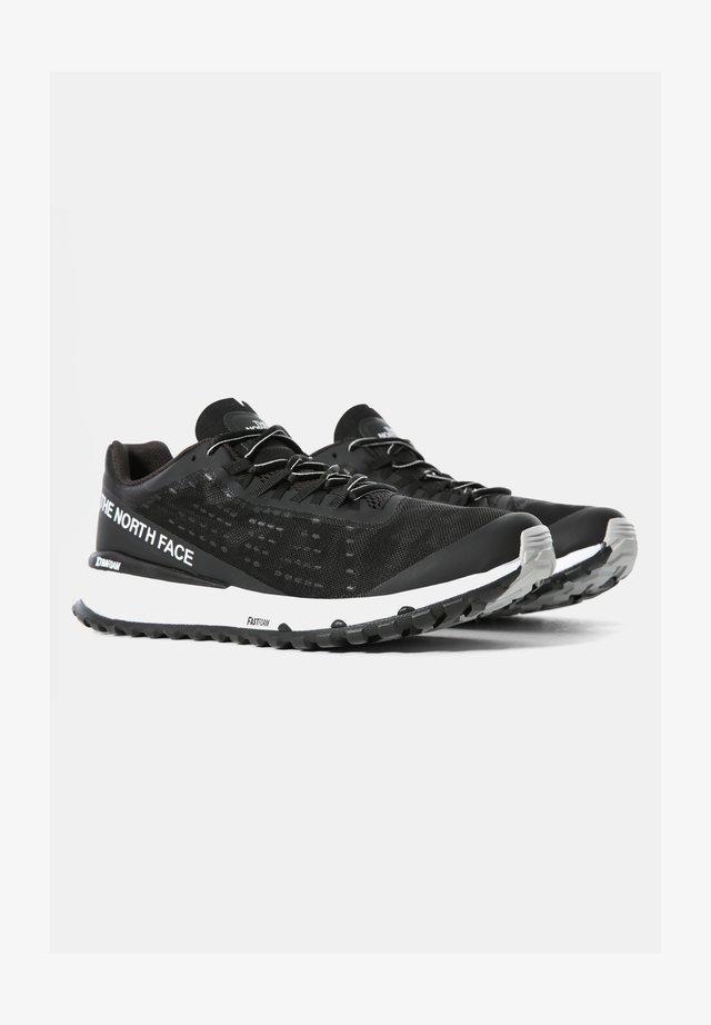 M ULTRA SWIFT - Chaussures de running neutres - black/white