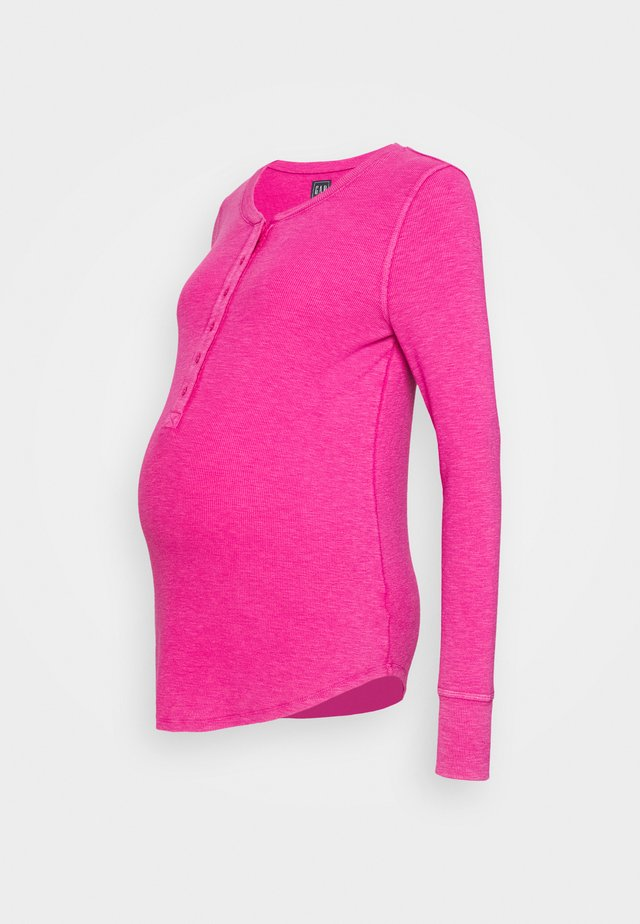 RELAX - Long sleeved top - bright beet