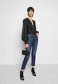 Citizens of Humanity - HARLOW ANKLE MID RISE  - Džíny Slim Fit - dark blue - 1