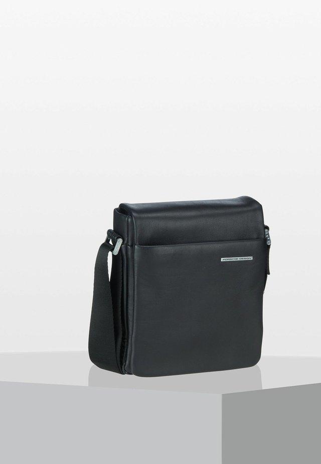 XSVF - Across body bag - black