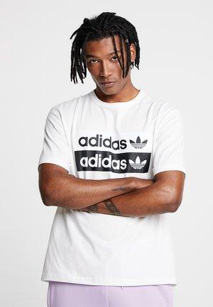RETRO LOGO TEE - T-shirt z nadrukiem - core white