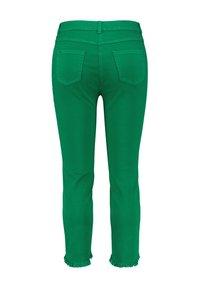 Samoon - MIT FRANSENKANTEN - Slim fit jeans - basil green - 1