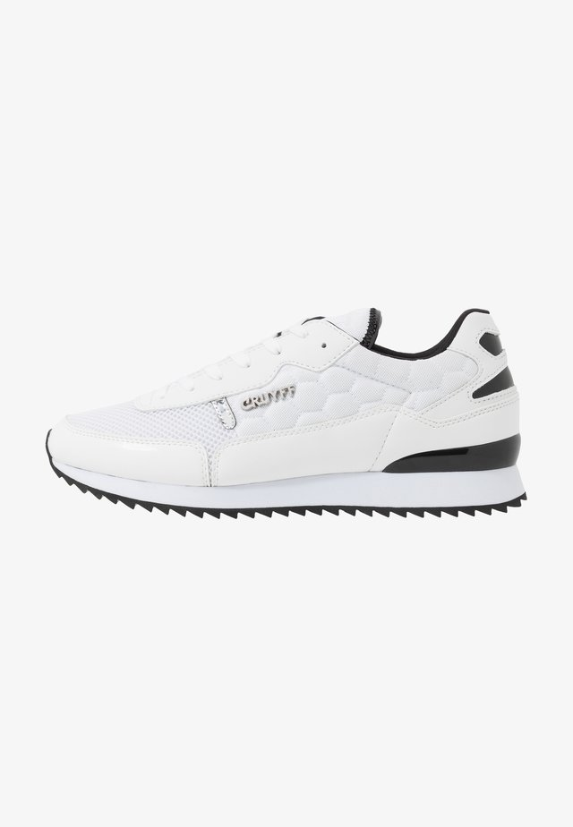 RIPPLE RUNNER - Trainers - white/black