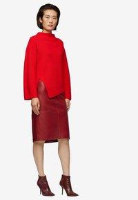 BOSS - Sweatshirt - red - 1