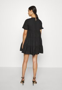 Missguided - POPLIN CROCHET SMOCK DRESS - Cocktailkjole - black - 2