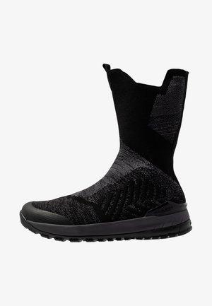 FALERA HIGH WP - Zimní obuv - black/titanium