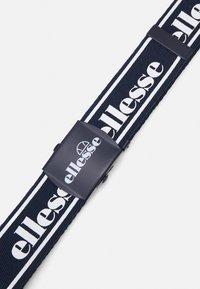Ellesse - LOUISO UNISEX - Belt - navy - 2