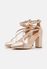Wallis - CASH - High heels - gold - 2