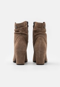 Marco Tozzi by Guido Maria Kretschmer - Classic ankle boots - taupe - 3