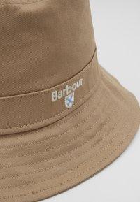 Barbour - CASCADE BUCKET HAT - Hat - stone - 3