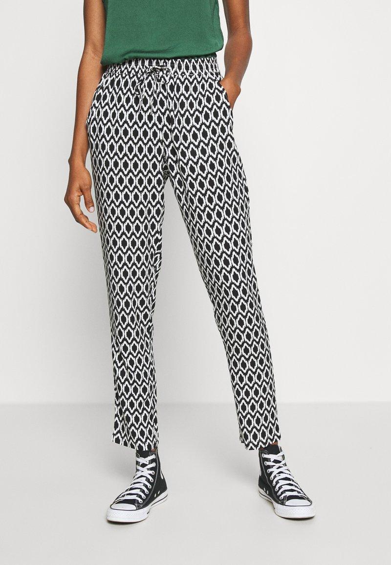 ONLY - ONLNOVA LIFE PANT - Trousers - black