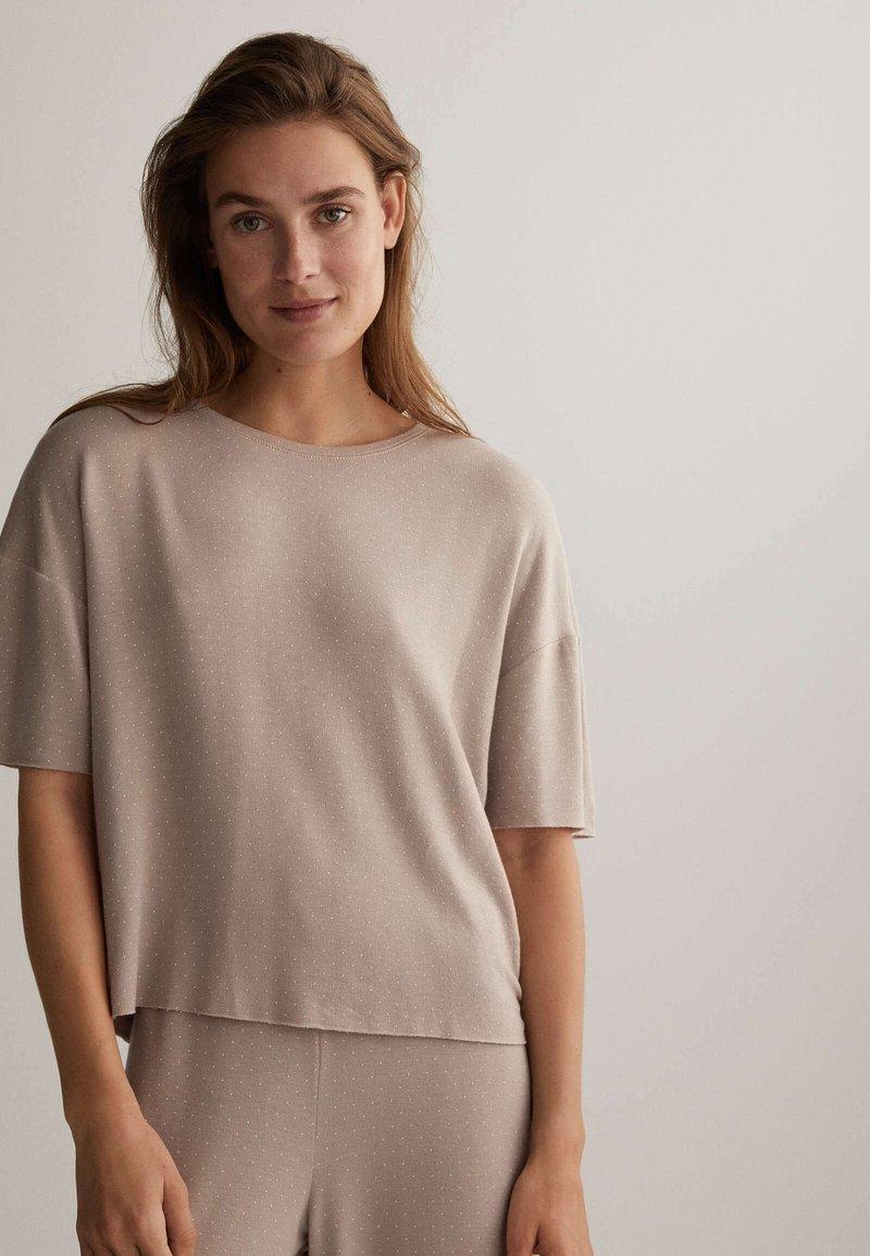 OYSHO - Pyjama top - beige