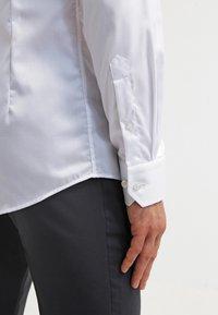 Eton - SLIM FIT - Formal shirt - white - 6