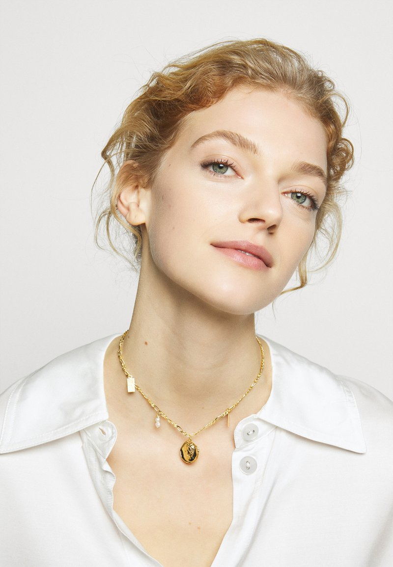 Hermina Athens - HERMIS SMALL CHOKER - Necklace - gold-coloured