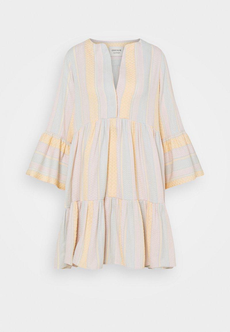 CECILIE copenhagen - ELIZA DRESS - Vapaa-ajan mekko - dew