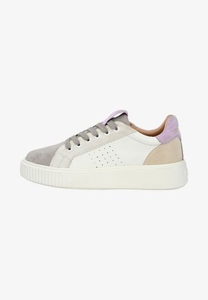 JUNA - Sneakers laag - ice rosa