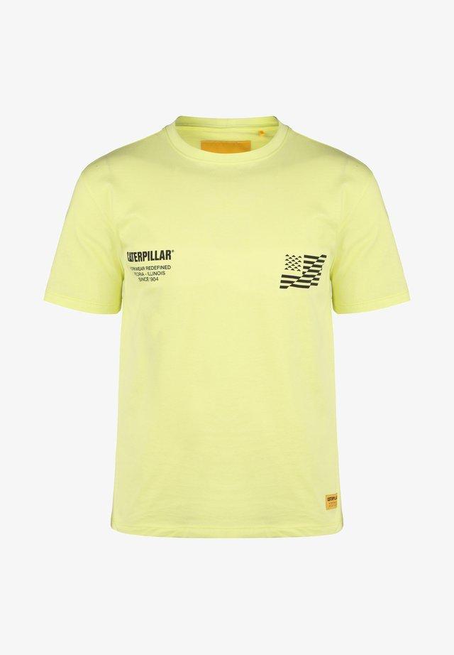 CATERPILLAR CATERPILLAR B-W FLAG T-SHIRT HERREN - Print T-shirt - hi-vis yellow