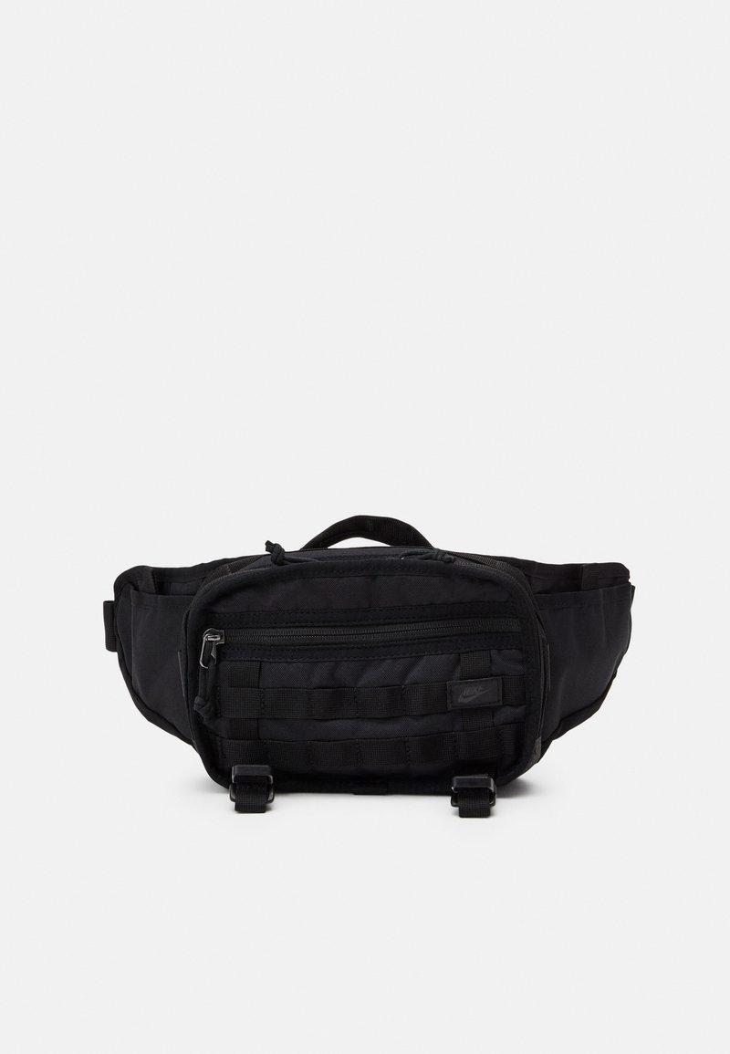 Nike Sportswear - UNISEX - Ledvinka - black