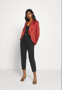 ONLY Petite - ONLFLEUR JACKET PETITE - Faux leather jacket - red ochre - 1