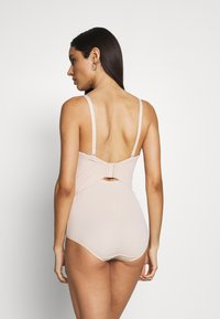 Maidenform - FIRM FOUNDATIONS LOW BACK COOL COMFORT ANTI STATIC - Body - nude - 3