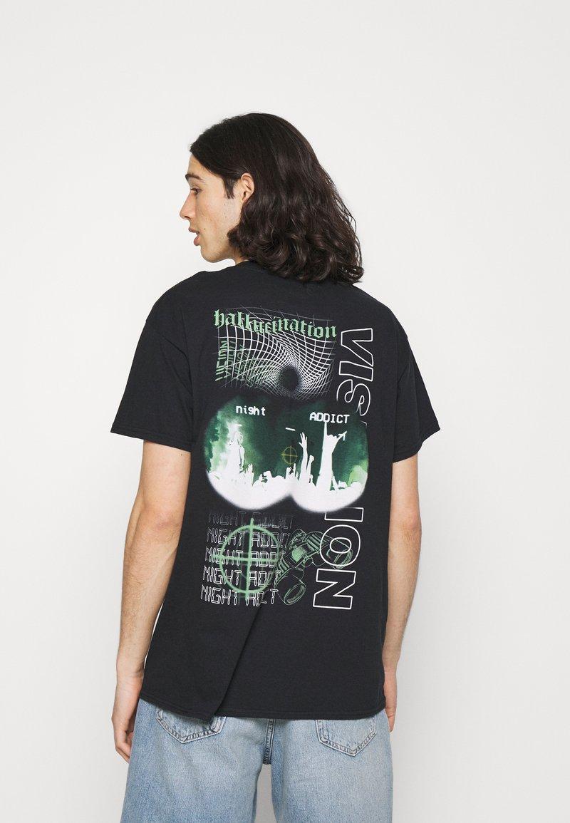 Night Addict - T-shirt med print - black