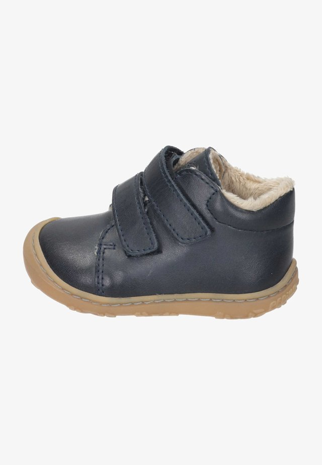 Baby shoes - see