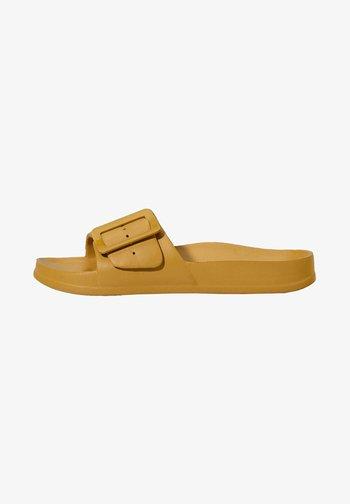 Slippers - mustard yellow